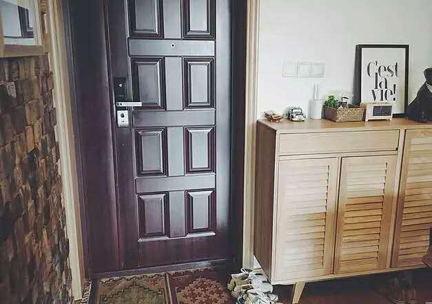 进门靠墙鞋柜效果图-装修玄关小思路 帮你轻松搞定缺陷