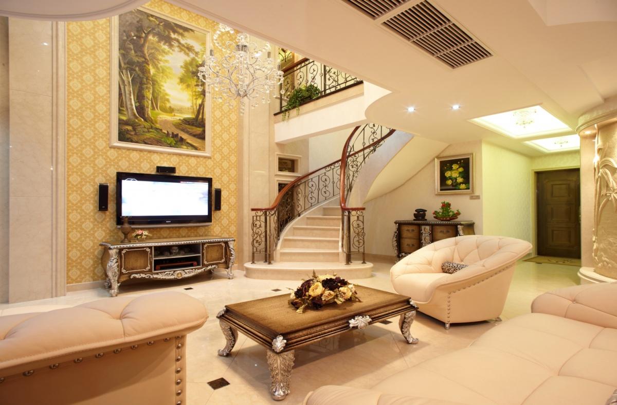 的客厅旋转楼梯
