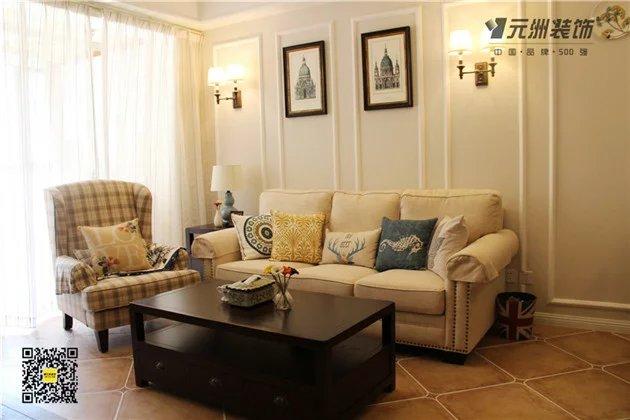 客厅沙发背景墙,简单的石膏线框做造型