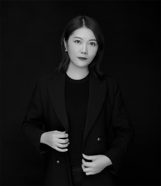 主任设计师程芳