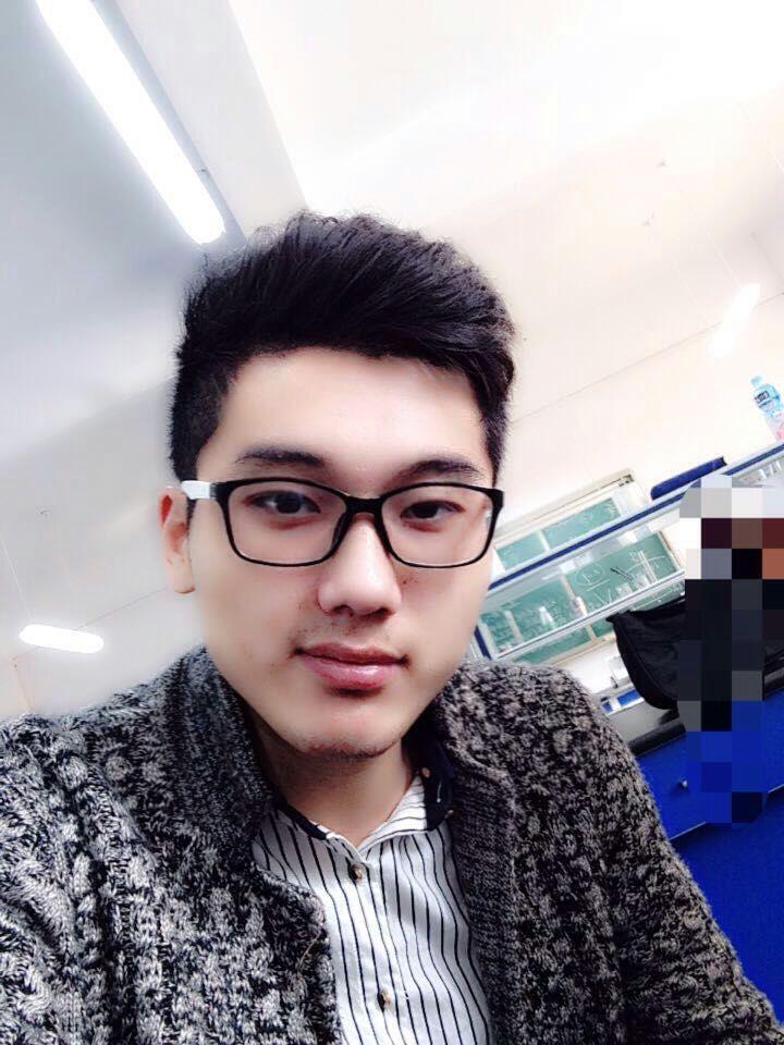 设计师李承伟