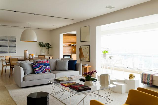 北欧风格装修:原木色和金色的装饰让家更贴近生活