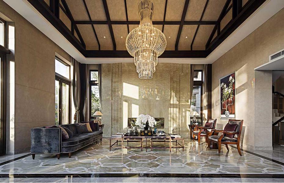 客厅古典欧式的金丝绒沙发图片