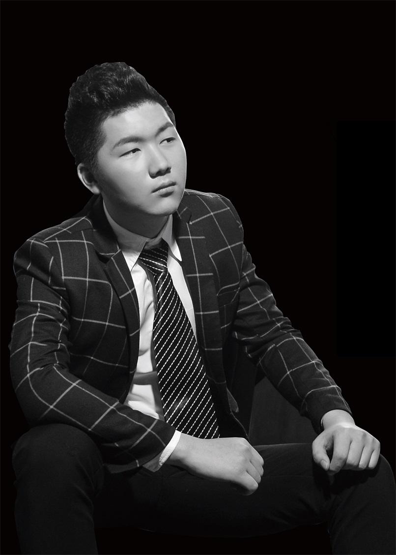 高级设计师-刘粤奇