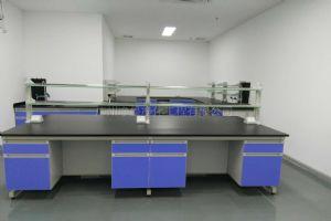 实验室中央台设计及安装