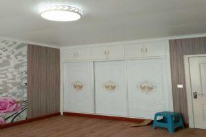 草店铺雷先生竹木纤板维集成装饰+耐磨石塑地板