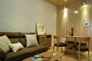 68平两房现代风格装修,全屋的原木装饰被朋友们狂赞!